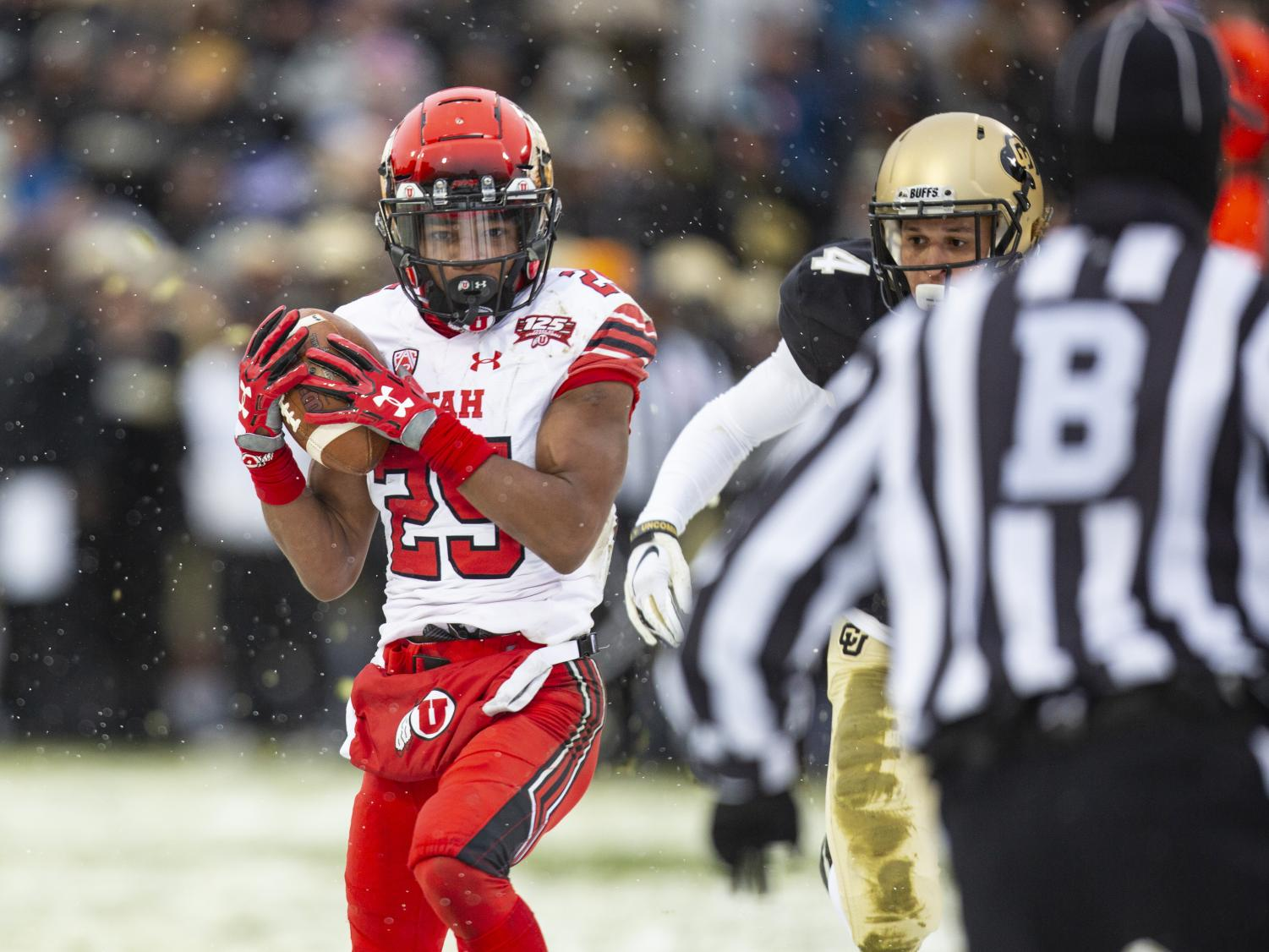 University of Utah freshman wide receiver Jaylen Dixon (25) brings down a pass and runs into the end zone at Folsom Field in Boulder, CO Saturday, Nov. 17, 2018. The Utes beat the University of Colorado Buffaloes 30-7. (Photo by: Justin Prather | The Utah Chronicle).
