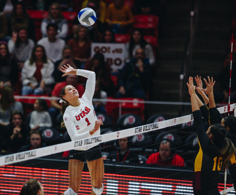 The University of Utah Volleyball team plays against Arizona State University in the Huntsman Center, University of Utah Campus, Salt Lake City, UT on Friday, November 1st, 2019. (Photo by Mark Draper | The Daily Utah Chronicle)