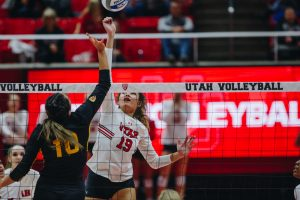 The University of Utah Volleyball team plays against Arizona State University in the Huntsman Center, University of Utah Campus, Salt Lake City, UT on Friday, Nov. 1, 2019. (Photo by Mark Draper | The Daily Utah Chronicle)