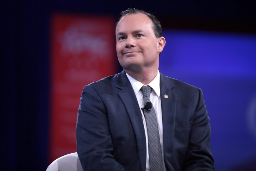 U.S. Senator Mike Lee of Utah speaking at the 2016 Conservative Political Action Conference (CPAC) in National Harbor, Maryland. (Photo by Gage Skidmore | Courtesy Flickr)