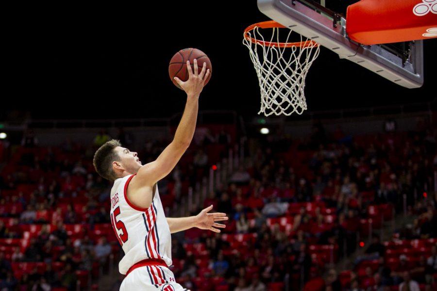 University+of+Utah+freshman+guard+Rylan+Jones+%2815%29+shoots+a+layup+in+an+NCAA+Men%27s+Basketball+game+vs.+Mississippi+Valley+State+University+at+Jon+M.+Huntsman+Center+in+Salt+Lake+City%2C+UT+on+Friday+November+08%2C+2019.%28Photo+by+Curtis+Lin+%7C+Daily+Utah+Chronicle%29