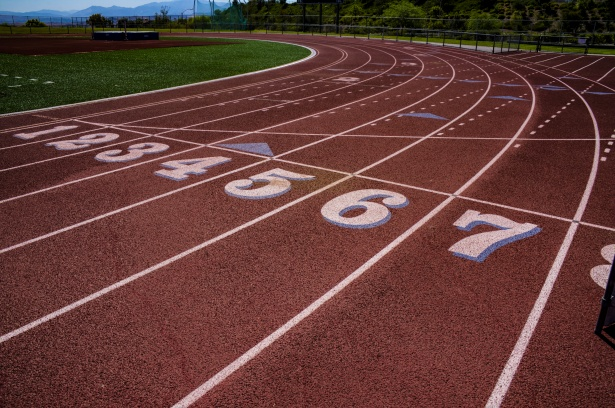 The U should run headfirst into the idea of bringing a men's track and field team to the varsity level of competition. (Courtesy Public Domain Pictures)