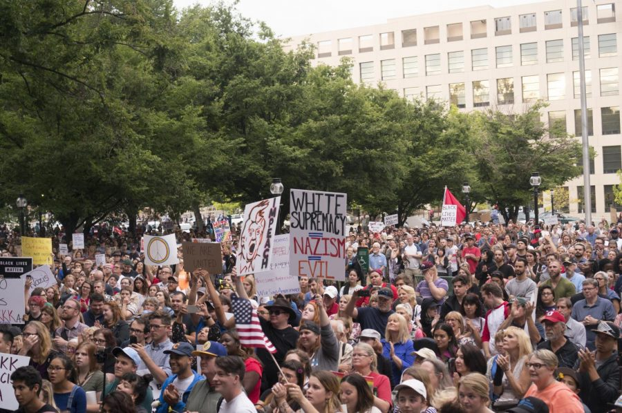 The+crowd+at+the+Solidarity+Rally+against+racism+at+Washington+Square+Park+in+Salt+Lake+City+on+Monday%2C+Aug.+14%2C+2017.+%28Photo+by+Rishi+Deka+%7C+Daily+Utah+Chronicle%29%0A