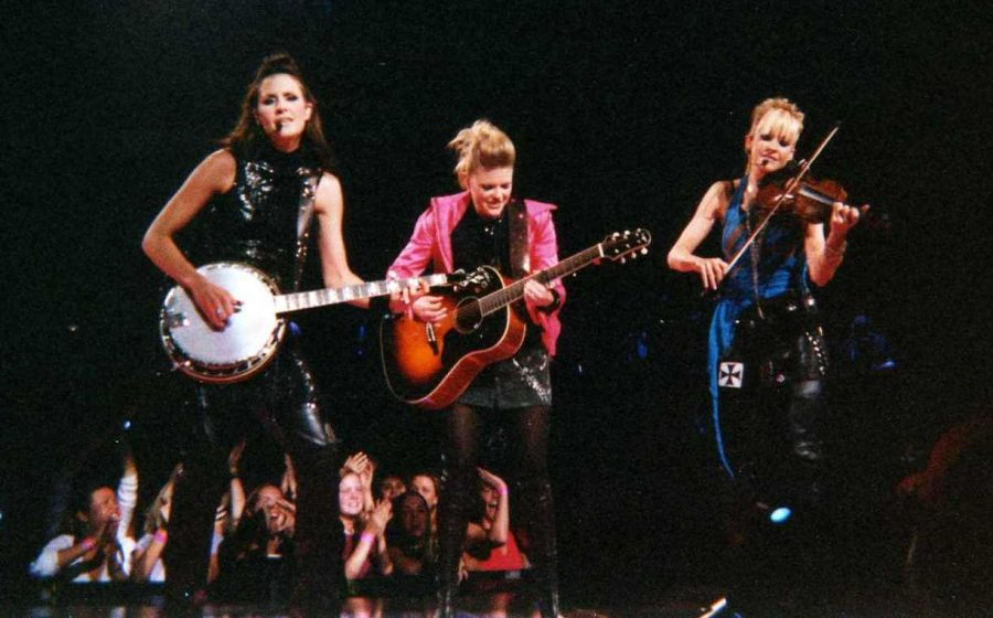 Country trios Lady Antebellum and The Dixie Chicks change names. (courtesy Wikimedia Commons)