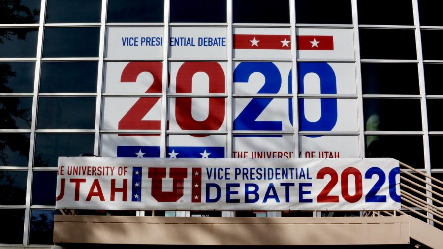Advertisement+for+the+2020+Vice+Presidential+Debate+on+the+Student+Union+at+the+University+of+Utah+campus+in+Salt+Lake+City+on+September+28th+2020.+%28Photo+by+Camille+Rousculp+%7C+The+Daily+Utah+Chronicle%29