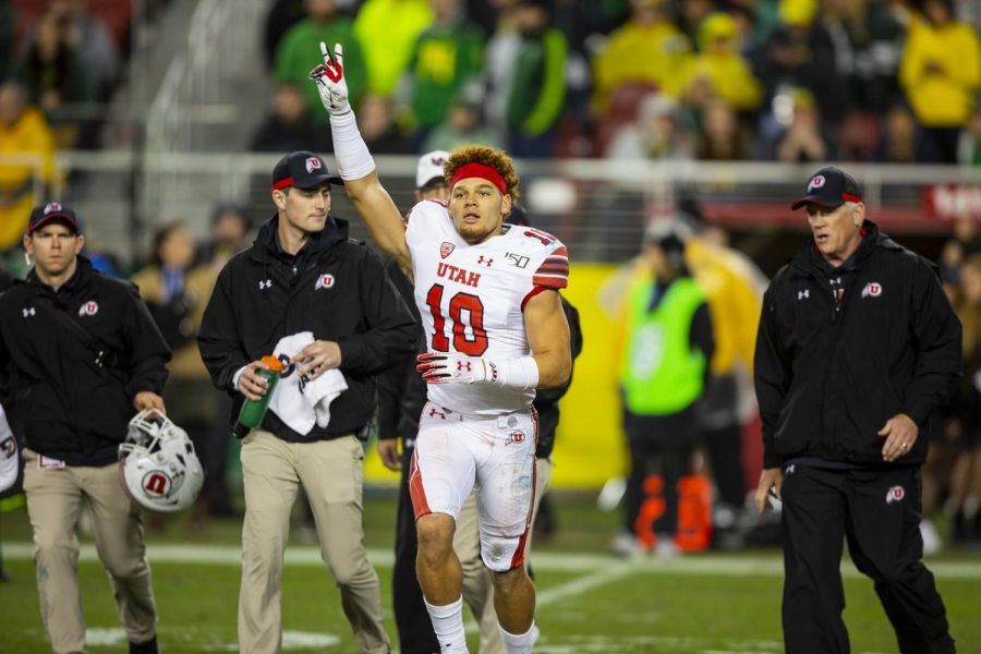 University of Utah sophomore defensive back R.J. Hubert (10) signaling an ok to the Utah side of the stadium after stopping the clock for an injury in the Pac-12 Championship Game vs. University of Oregon at Levi's Stadium in Santa Clara, CA on Friday, Dec. 6, 2019.(Photo by Curtis Lin | Daily Utah Chronicle)