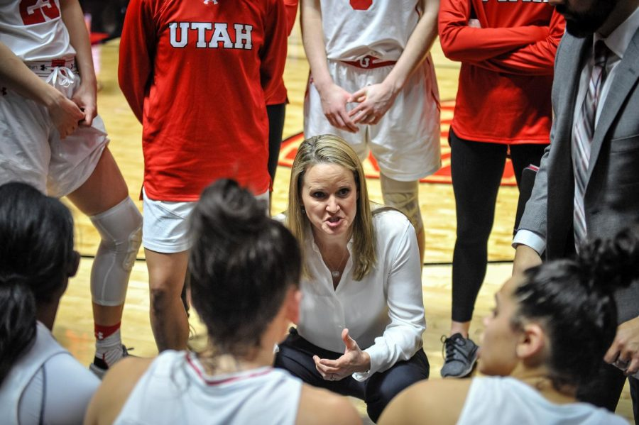 In the final moments of the game Utah Head Coach Lynne Roberts gives her plan for a comeback as The University of Utah Lady Utes take on the University of Oregon Ducks at the Huntsman Center in Salt Lake City, UT on Sunday, Jan. 28, 2018(Photo by Adam Fondren | Daily Utah Chronicle)