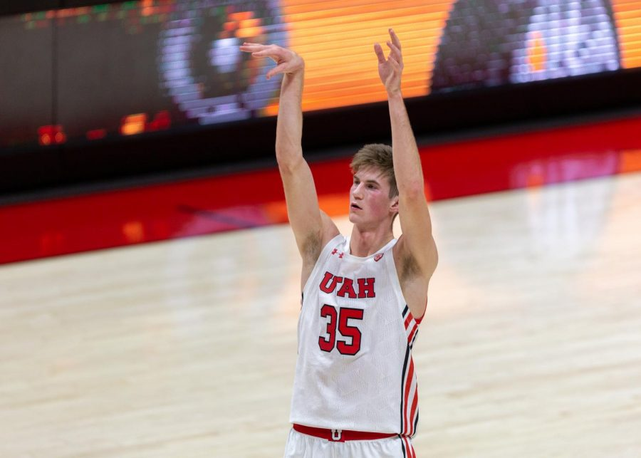 University of Utah men's basketball player Branden Carlson (#35) takes a free throw in the Utes' win against Utah Valley on Dec. 15, 2020 in the Jon M. Huntsman Center in Salt Lake City. (Photo by Jack Gambassi | The Daily Utah Chronicle)