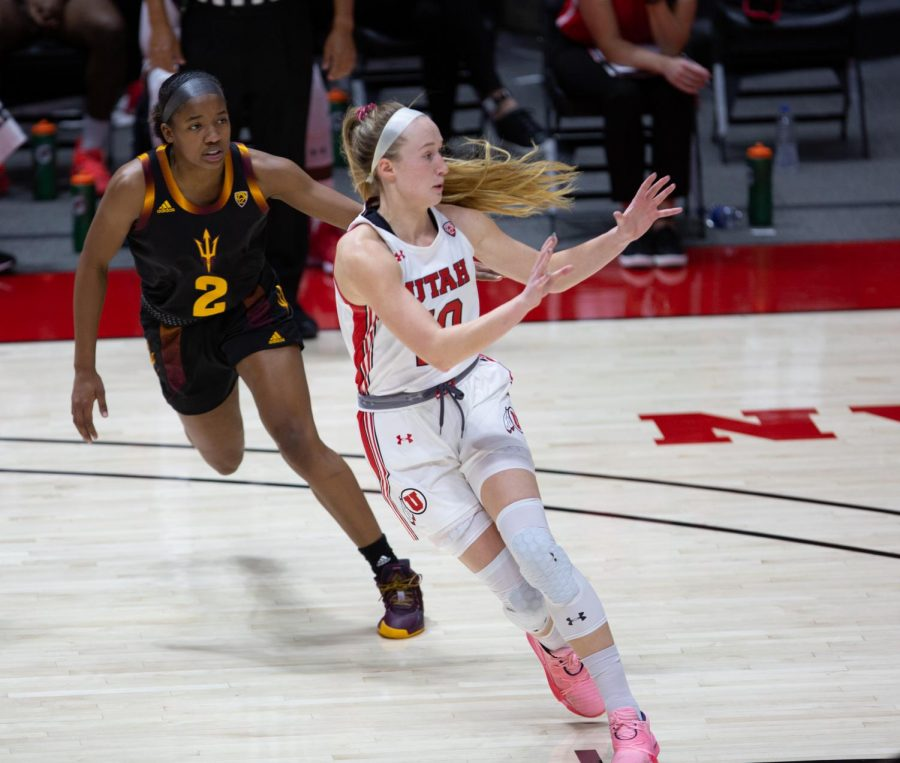 University of Utah womens basketball player, Dru Gylten (#10), set to receive a pass in the game against Arizona State University at the Jon M. Huntsman Center in Salt Lake City on Dec. 18, 2020. (Photo by Jack Gambassi | The Daily Utah Chronicle)