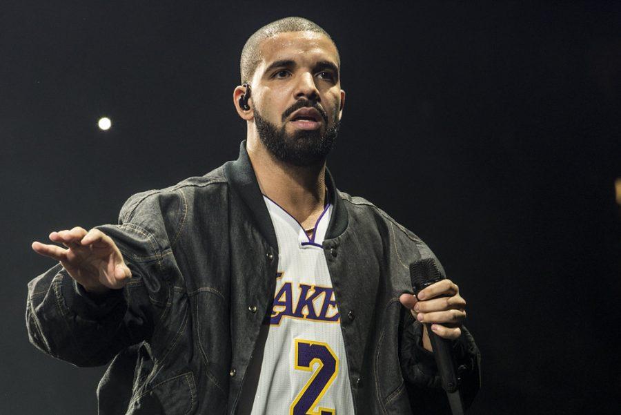 Drake at the Form (Image via Flickr)