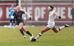 University of Utah Utes Women's soccer team defender Aleea Gwerder (9) gives a long-pass during an NCAA soccer match vs. the Stanford Cardinal women's soccer team at the Ute Soccer Field in Salt Lake City, Utah on Sunday, Oct. 27, 2019 (Photo by Abu Asib | The Daily Utah Chronicle)