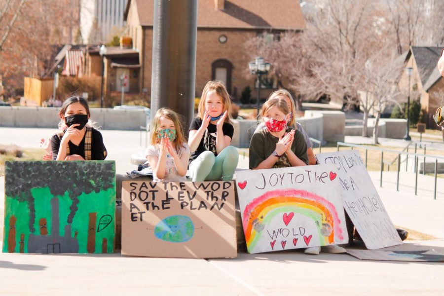 Protesters listen to speakers at the Utah State capitol on March 19, 2020 in Salt Lake City as part of the global climate strike. (Photo by Natalie Colby | Daily Utah Chronicle)