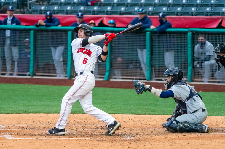 University+of+Utah+redshirt+junior+Vinny+Zavolta%286%29+in+a+NCAA+Baseball+game+vs.+BYU+at+Smith%27s+Ballpark+in+Salt+Lake+City%2C+Utah+on+Thursday%2C+Mar.+11%2C+2021.+%28Photo+by+Kevin+Cody+%7C+The+Daily+Utah+Chronicle%29