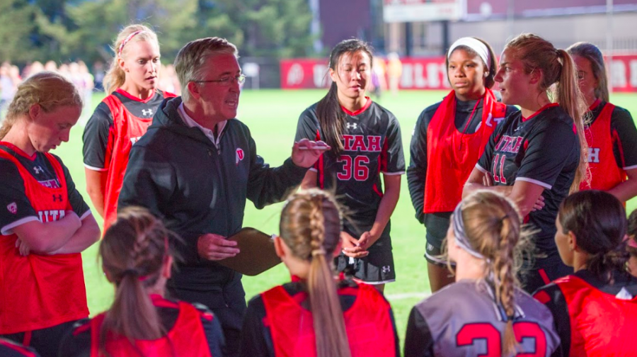 Utah women's soccer head coach Rich Manning talks with the team during halftime vs. San Diego at the Ute Soccer Field on Friday, Aug. 26, 2016. (Chronicle archives)