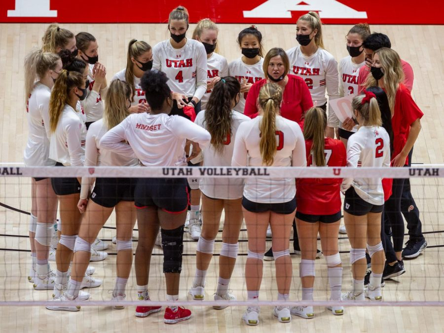 Volleyball+team+after+the+game+against+Colorado+on+March+21%2C+2021+at+the+Jon+M.+Huntsman+Center+on+campus.+%28Photo+by+Tom+Denton+%7C+Daily+Utah+Chronicle%29