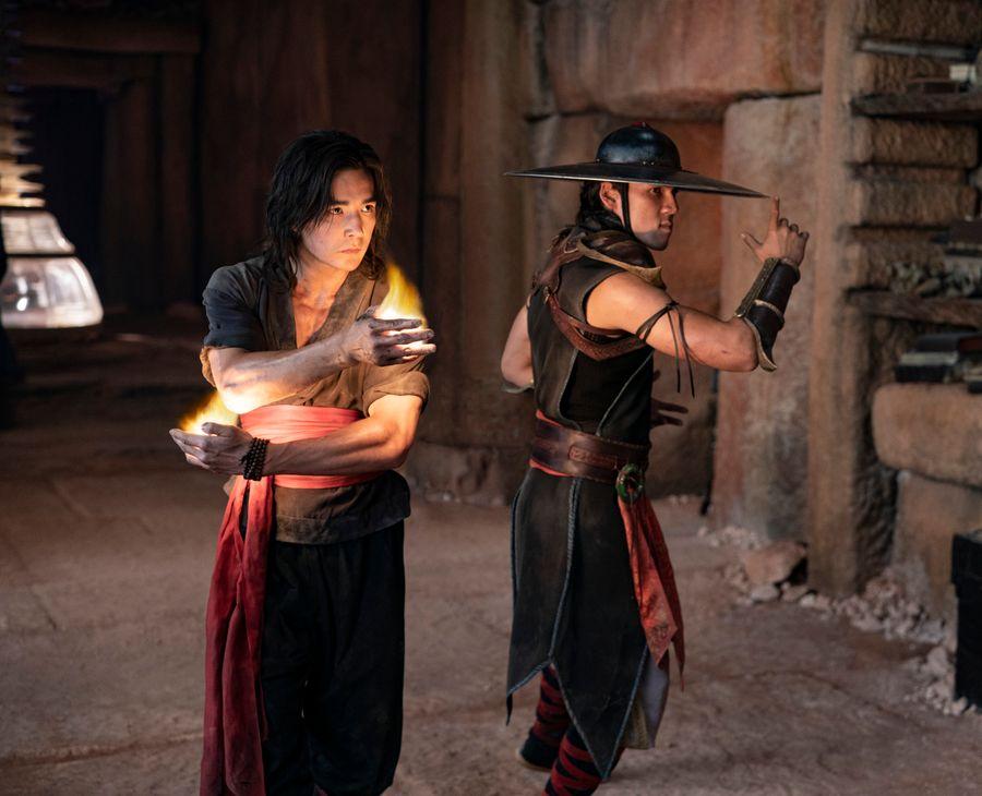 Ludi Lin as Liu Kang and Max Huang as Kung Lao in