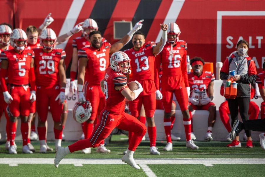 University+of+Utah+football+player+Britain+Covey+%2818%29+runs+the+ball+to+the+endzone+in+the+Utes%27+comeback+win+against+Washington+State+University+on+Dec.+18%2C+2020+in+Rice-Eccles+Stadium+in+Salt+Lake+City.+%28Photo+by+Jack+Gambassi+%7C+The+Daily+Utah+Chronicle%29