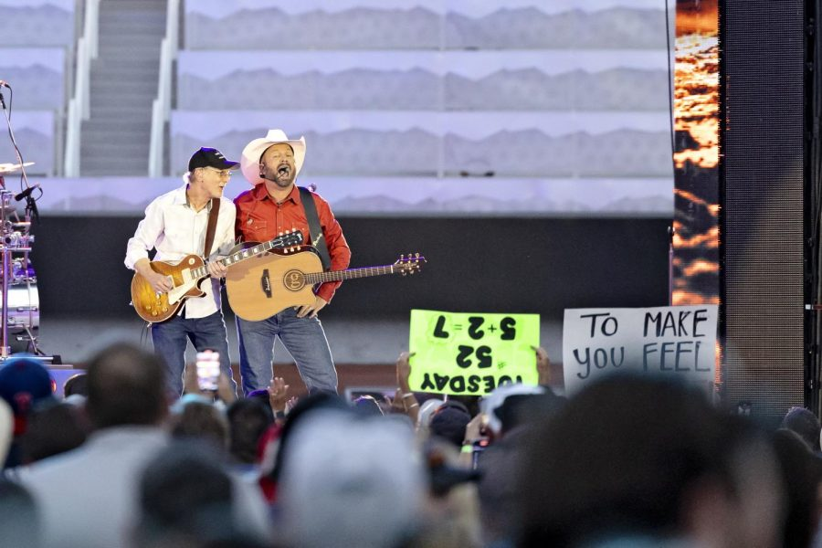 Garth Brooks First Musician to Rock New Rice-Eccles