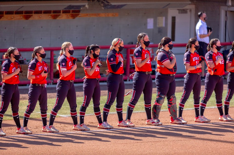 The U of U softball team during the game against the ASU Sun Devils on April 2, 2021 at the Dumke Family Softball Stadium on campus. (Photo by Jack Gambassi | The Daily Utah Chronicle)