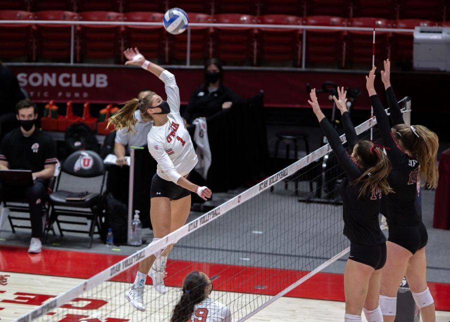 U of U Volleyball player Dani Drews (1) during the win against Stanford on March 5, 2021 at the Jon M. Huntsman Center on campus. (Photo by Jack Gambassi | The Daily Utah Chronicle)