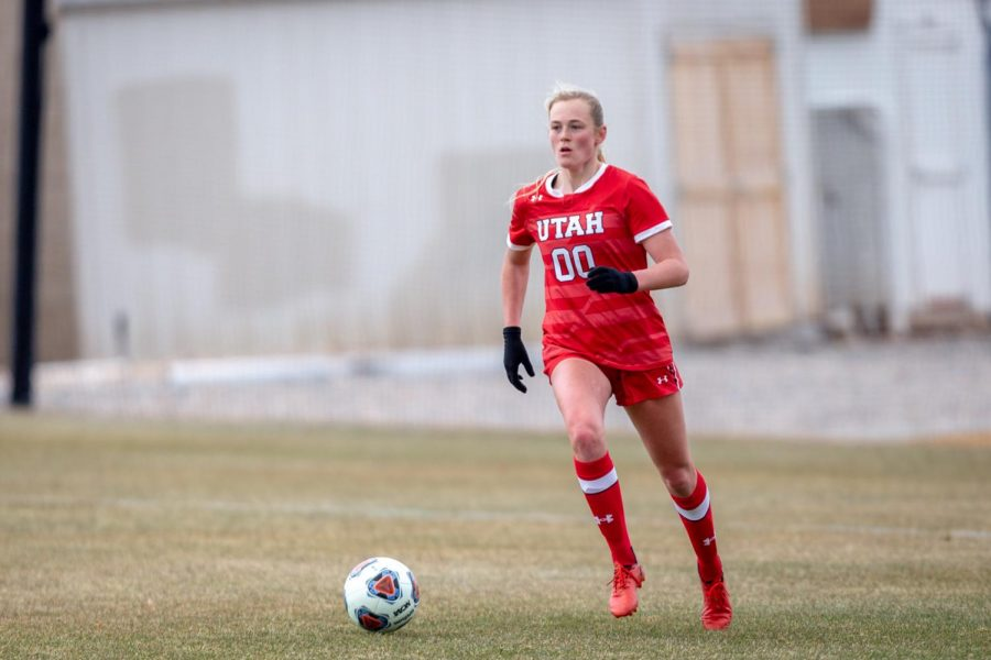 University of Utah's Makayla Christensen (Jr. forward, #00) during the game against the Washington Huskies on March 26, 2021 at ute field on campus. (Photo by Jack Gambassi | The Daily Utah Chronicle)