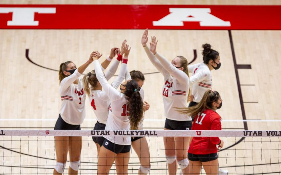 U of U Volleyball team against Colorado on Mar 21, 2021 at the Jon M. Huntsman Center on campus. (Photo by Tom Denton | The Daily Utah Chronicle)