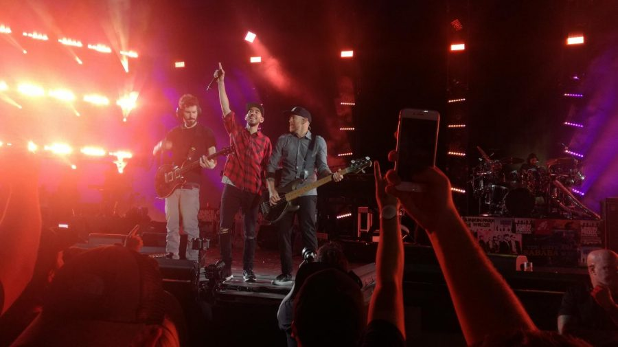 Linkin Park during their performance at Hollywood Bowl, LA California. (Courtesy Wikimedia Commons)
