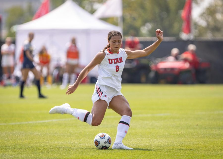 University+of+Utah+Soccers+Taliana+Kaufusi+%28%238%29+plays+in+the+match+vs.+Northern+Colorado+at+Utes+field+on+the+University+of+Utah+campus+on+Aug.+29%2C+2021.+%28Photo+by+Jack+Gambassi+%7C+The+Daily+Utah+Chronicle%29%0A