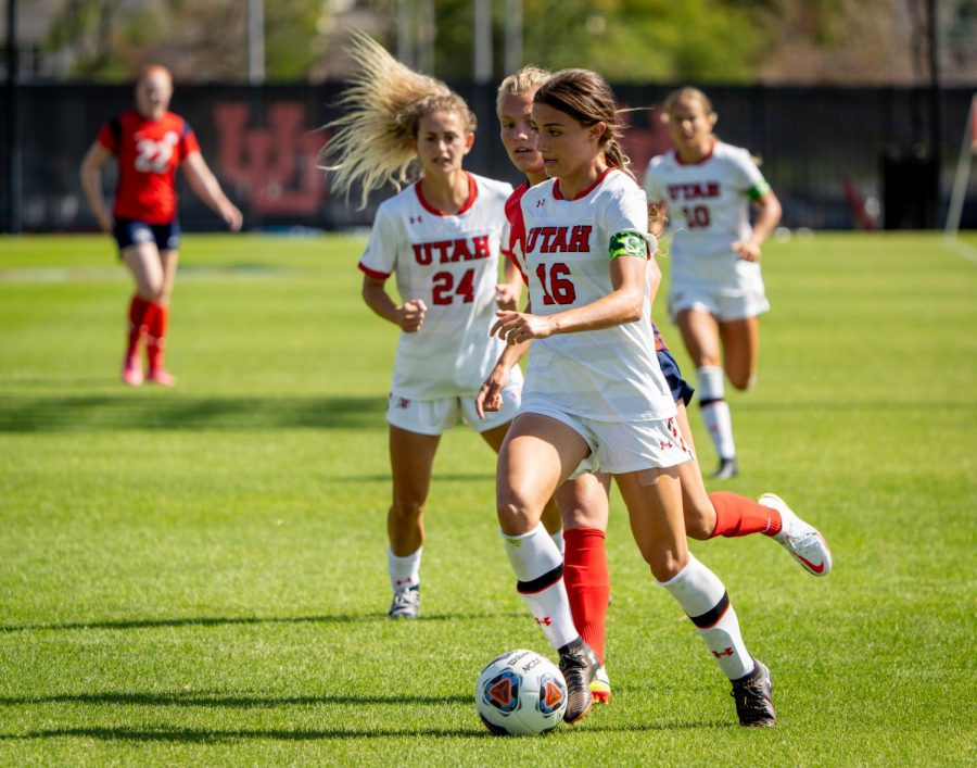 University of Utah Womens Soccers midfielder Courtney Talbot (#16) plays in the match vs. Dixie State at Utes field on the University of Utah campus on September 12, 2021. (Photo by Xiangyao Axe Tang | The Daily Utah Chronicle)