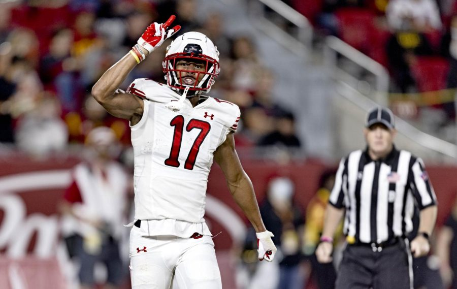 University of Utah wide receiver and redshirt freshman Devaughn Vele in a University of Utah football game against the USC Trojans on Saturday, Oct. 10, 2021. (Photo by Kevin Cody | The Daily Utah Chronicle)