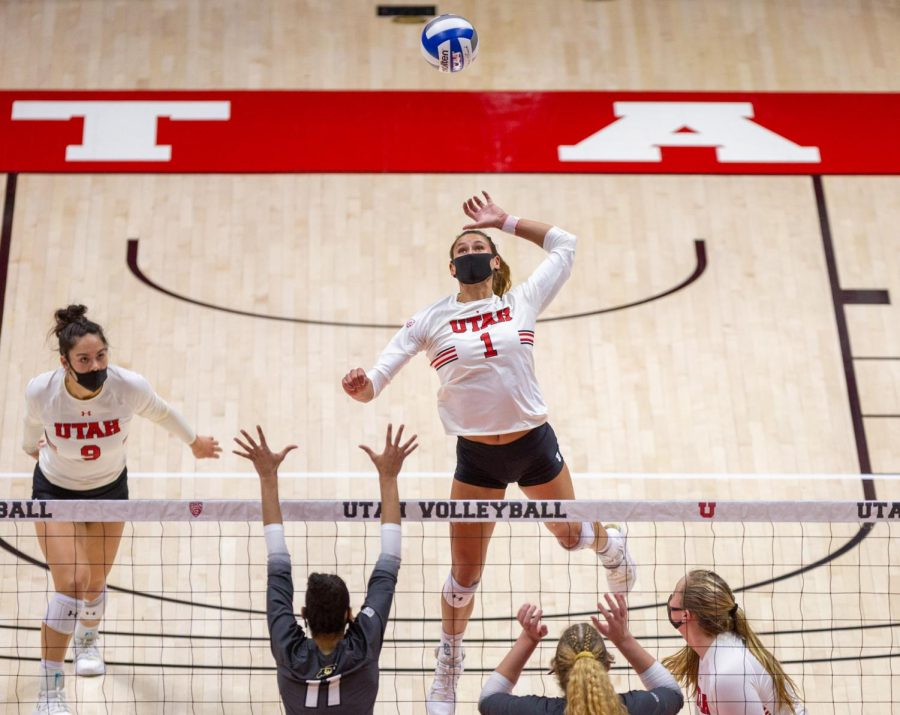 U+of+U+Volleyball+player%2C+Dani+Drews+%28%231%29%2C+during+the+game+against+Colorado+on+Mar+21%2C+2021+at+the+Jon+M.+Huntsman+Center+on+campus.+%28Photo+by+Tom+Denton+%7C+The+Daily+Utah+Chronicle%29%0A