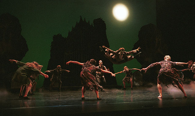 When Darkness Falls Across the Land, Odyssey Dance Theatres Thriller is Close at Hand